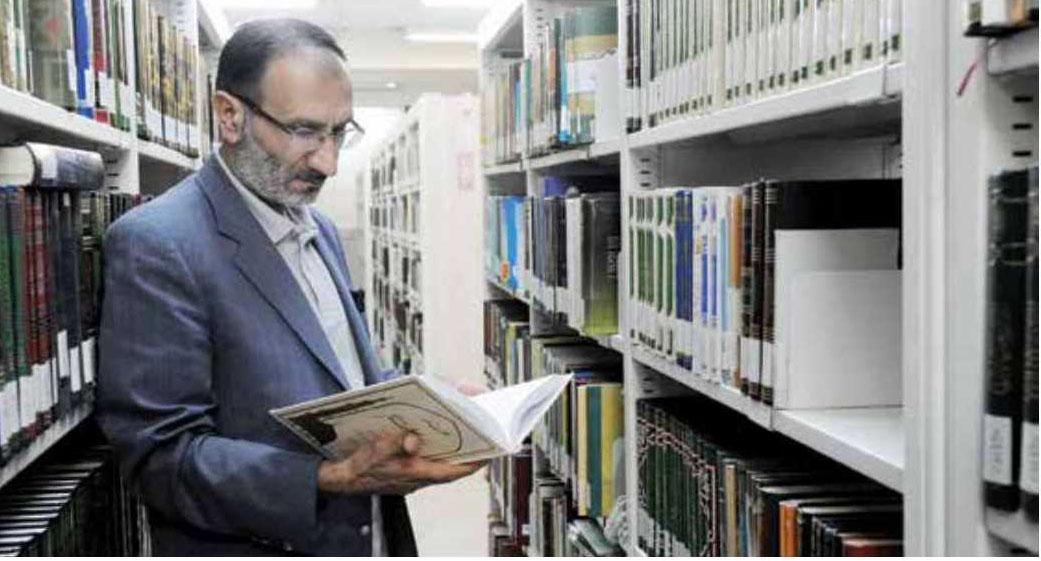 دکتر مصطفی دلشاد تهرانی